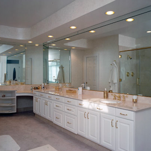 Traditional White Bathroom Cabinetry